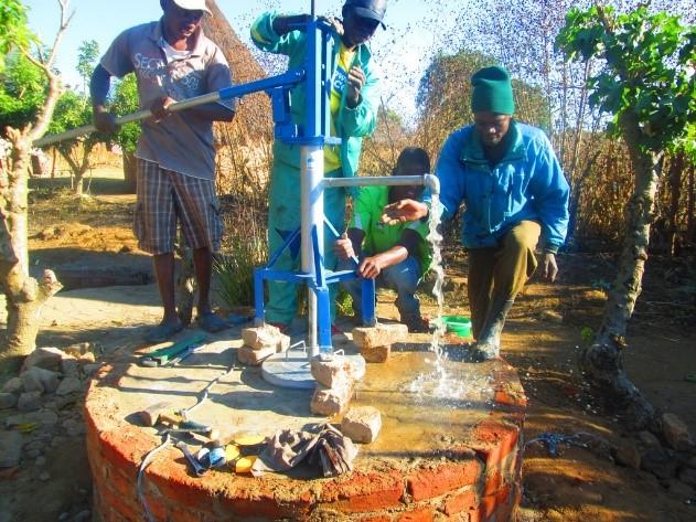 Skat_DRINK&DONATE_2017-2020_Simbabwe_Projekt_3